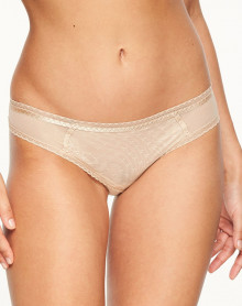 Brazilian brief Chantelle Courcelles (Nude)