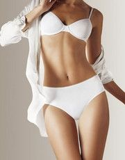 The collection for women Sloggi Feel Sensational offers lingerie in ultra comfortable materials for a worn daily.