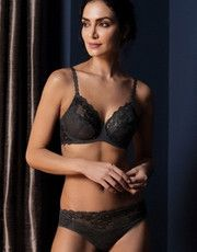 Collection Lace Perfection (Charcoal) of the brand of lingerie Wacoal